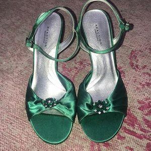 Kenneth Cole Emerald Green Heels